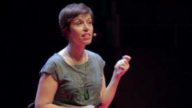 ¿Por qué me vigilan, si no soy nadie? – Marta Peirano – TEDxMadrid