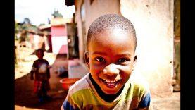 🌎 BITCOIN ayudando en Uganda | Las VENTAJAS de Bitcoin en África | Subtítulado en español 🧐